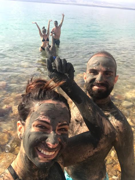 قناع الطين في البحر الميت
